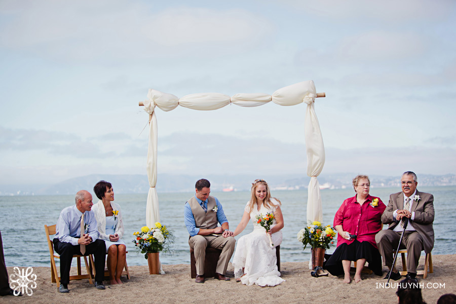 012intimate_beach_ wedding_Crown_Memorial_Beach_Oakland_California_Indu_Huynh_Photography