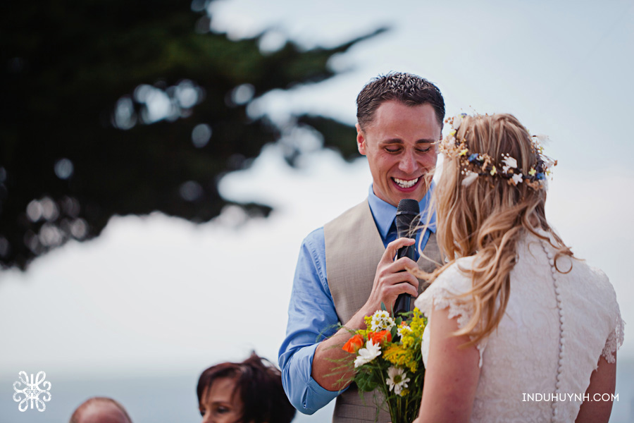 016intimate_beach_ wedding_Crown_Memorial_Beach_Oakland_California_Indu_Huynh_Photography