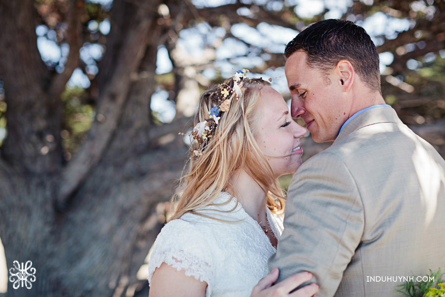 027intimate_beach_ wedding_Crown_Memorial_Beach_Oakland_California_Indu_Huynh_Photography