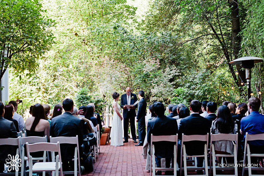 022-Intimate-wedding-at-the-Tavern-at-Lark-Creek-in-Larkspur,CA-Indu-Huynh-Photography